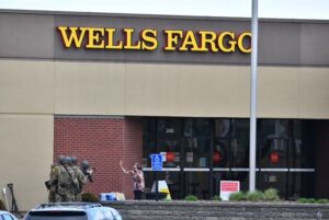 Wells Fargo bank hostage situation: Suspect arrested, authorities say