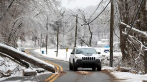 Winter storms that have deadly for some trying to keep warm threaten a layer of ice over the east coast