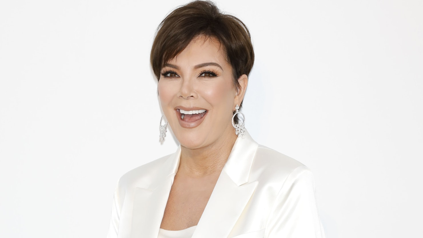 Can Kris Jenner Go From Kardashian'Momager' to Make-Up Guru?