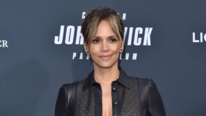 Halle Berry stuns as she poses in sheer crop top, tulle ball gown skirt:'Looking for a red carpet moment'