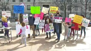 DC parents and kids demand schools reopen again