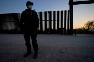 News outlets battling restrictions to cover border crisis