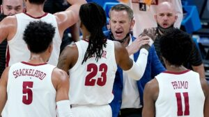 Shackelford, Alabama roll past Maryland and into Sweet 16
