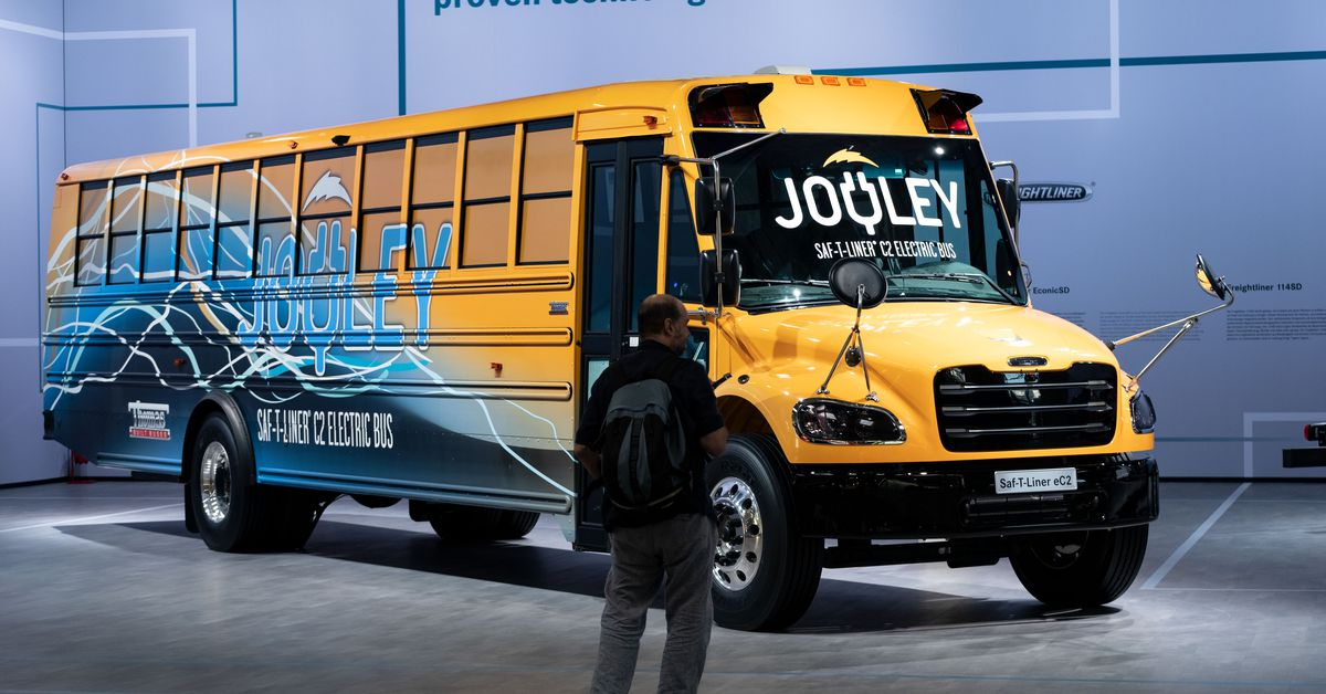 Electric school buses: a part of Biden's infrastructure plan with big benefits