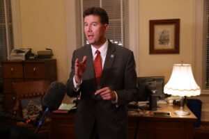 Alabama secretary of state admits affair after racy recording leaks
