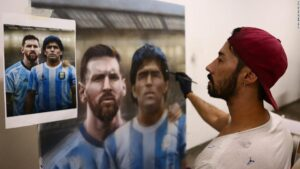 Diego Maradona: Argentine artist channels'hand of God' with portrait or soccer great