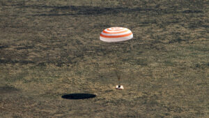 Touchdown! Expedition 64 back on Earth after 6 months on International Space Station — RT World News