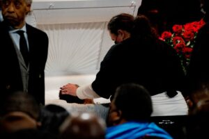 Daunte Wright family holds public viewing ahead of Thursday funeral