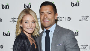 Kelly Ripa and Mark Consuelos call their marriage'old-fashioned'