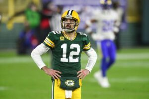Aaron Rodgers tells Green Bay Packers he doesn't want to return