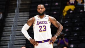 LeBron James reinjures ankle, uncertain for Denver Nuggets on Monday