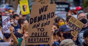 Poll: Voters want Congress to act on police reform